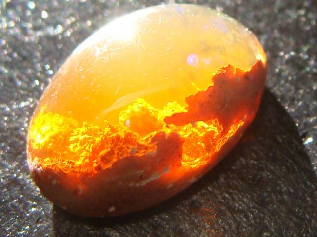 ognennij-opal